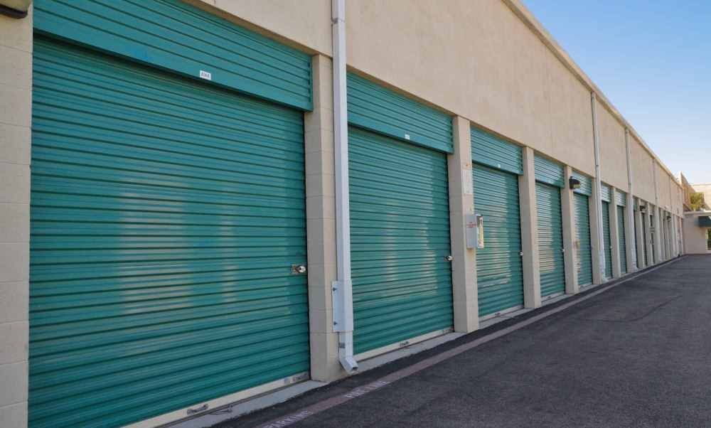irvine ca Storage Units – exterior-access-self-stor